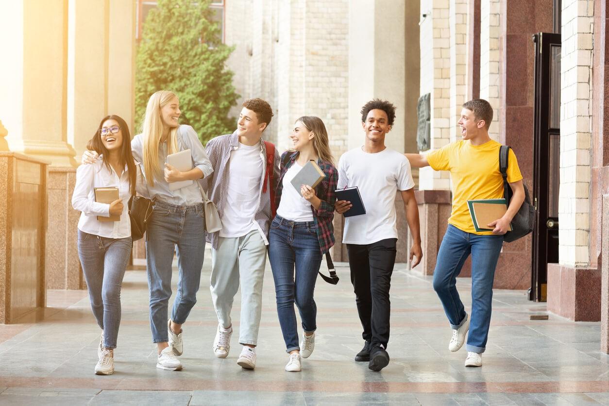 """ביטוח רפואי לסטודנטים הלומדים בחו""""ל"""